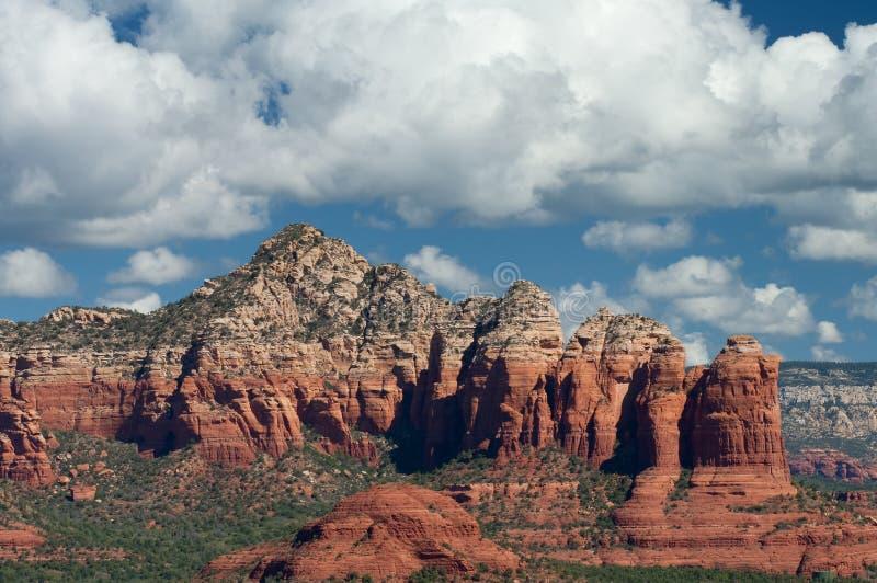 Wolken über Sedona, Arizona lizenzfreie stockfotos
