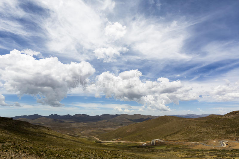Wolken bij verschillende hoogten stock foto
