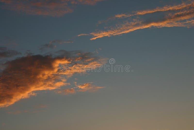 Wolken bij Zonsondergang royalty-vrije stock afbeelding
