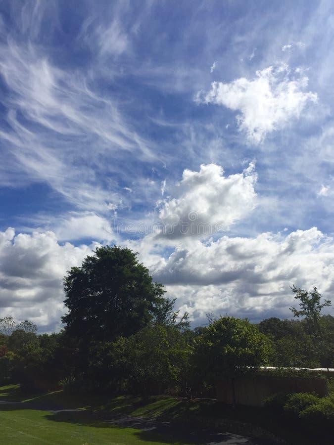 Wolken-Bruch lizenzfreie stockfotografie
