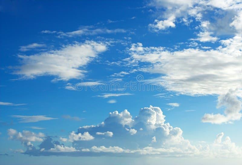 Wolken en hemel stock foto