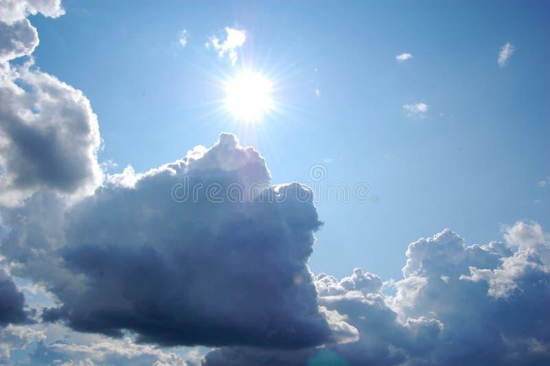 Wolken en San royalty-vrije stock afbeelding