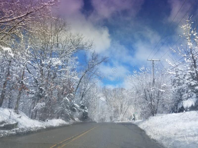 Wolken en sneeuw royalty-vrije stock foto