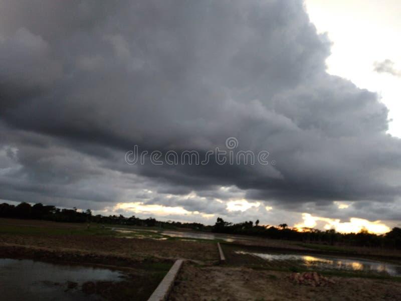 Wolken-Himmel im Nachmittags-Foto lizenzfreies stockbild