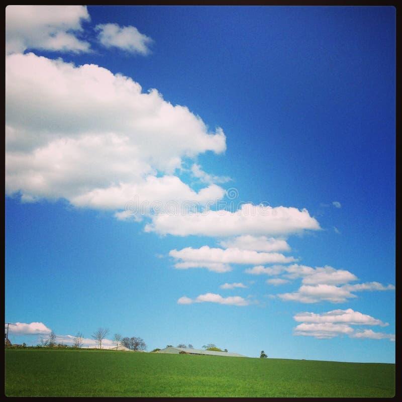 Wolken-Kaskade lizenzfreie stockfotografie