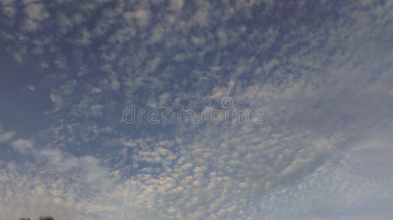 Wolken-Kunst lizenzfreie stockbilder