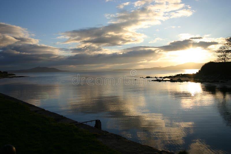Wolken op het water royalty-vrije stock foto's