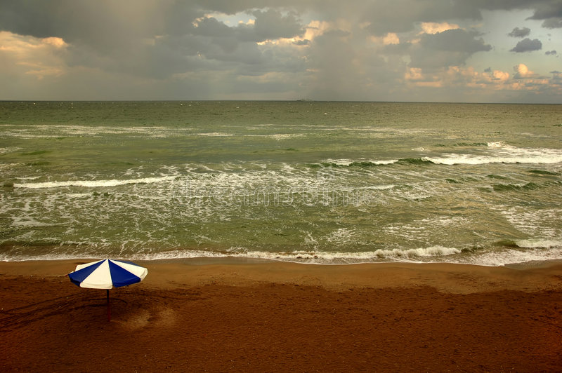 Wolken op strand #2 royalty-vrije stock foto