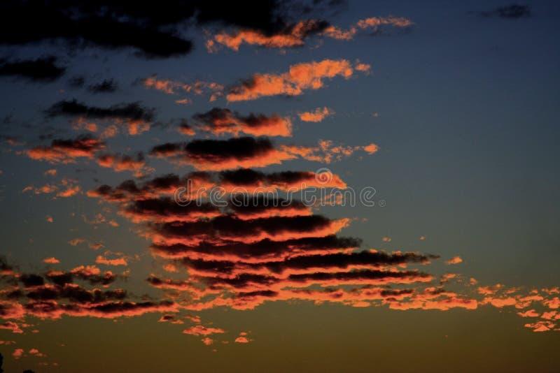 Wolken, schaduwen en tekens van aard royalty-vrije stock foto