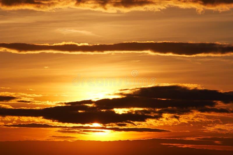 Wolken am Sonnenuntergang lizenzfreie stockfotografie