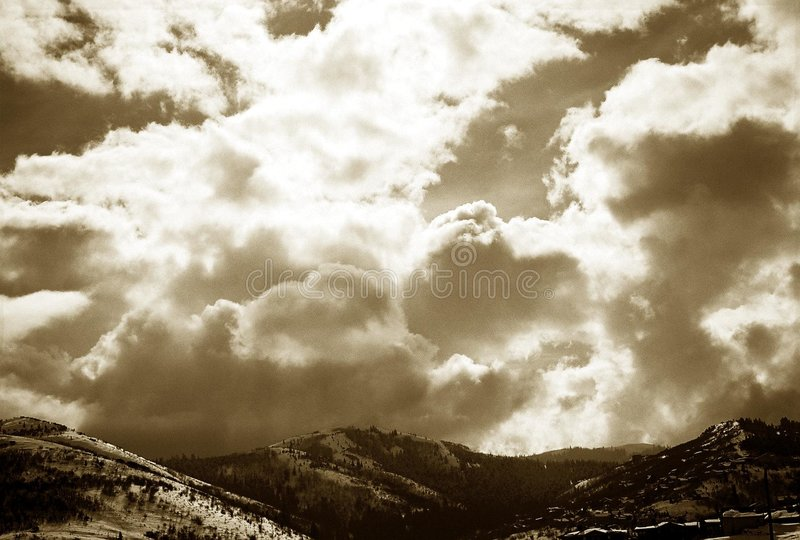 Wolken: Utah lizenzfreie stockfotos
