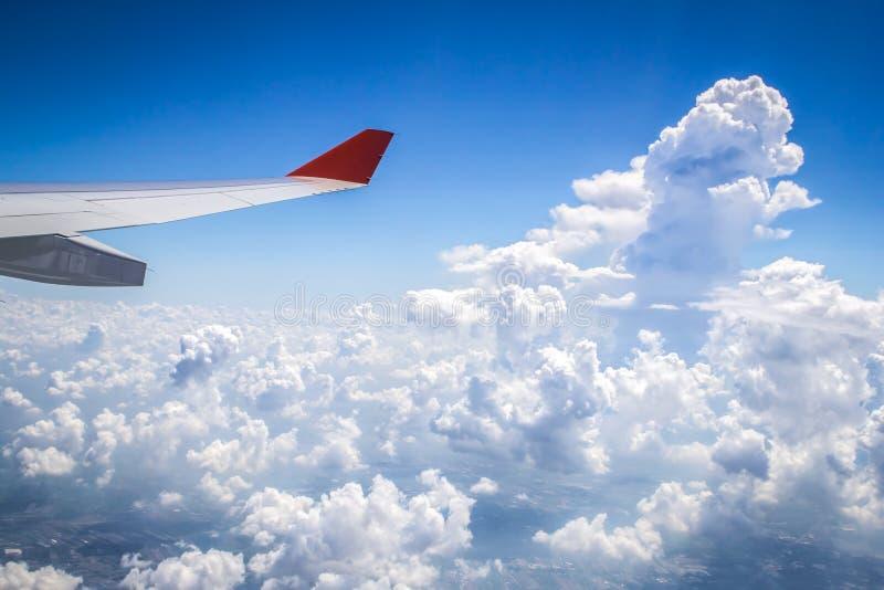 Wolken van hierboven royalty-vrije stock afbeeldingen