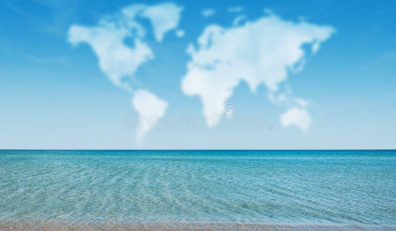 Wolken in vorm van wereldkaart royalty-vrije stock afbeelding