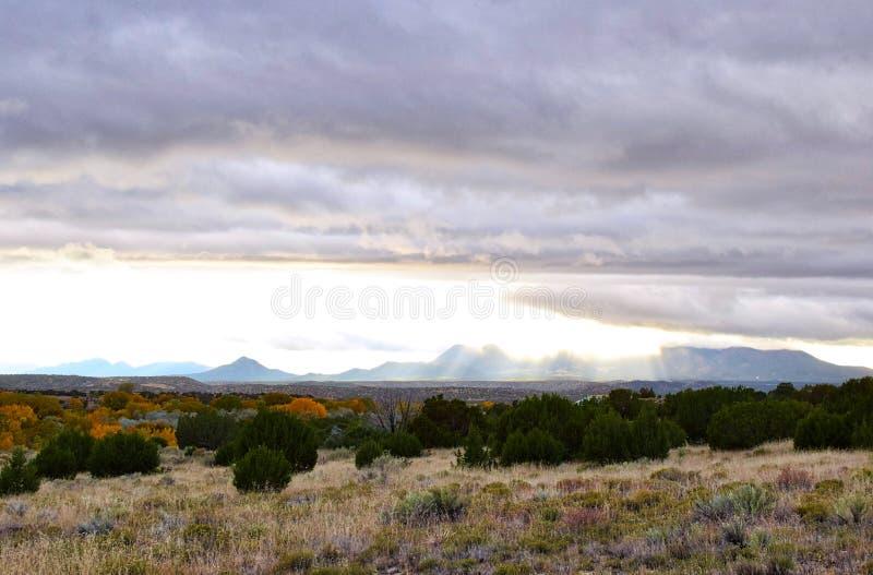 Wolkendekking in galisteo New Mexico stock afbeelding