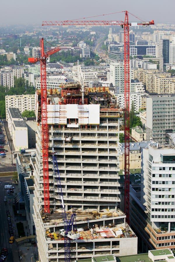 Wolkenkrabber in aanbouw stock foto's