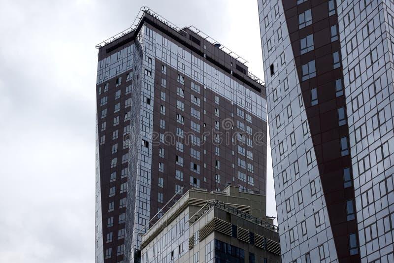Wolkenkrabber in de megalopolis stock fotografie