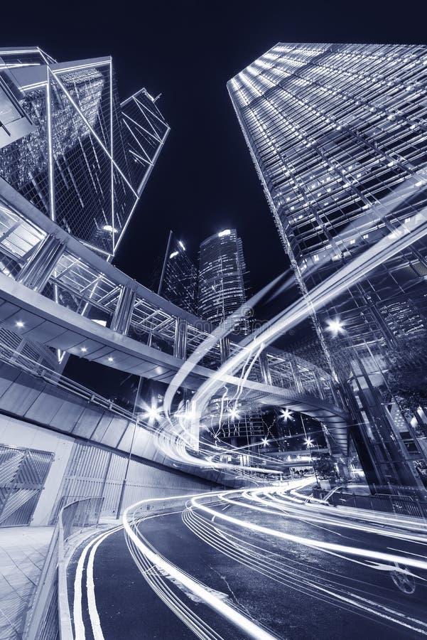 Wolkenkrabber en het moderne bureau buidling in Hong Kong-stad stock foto's