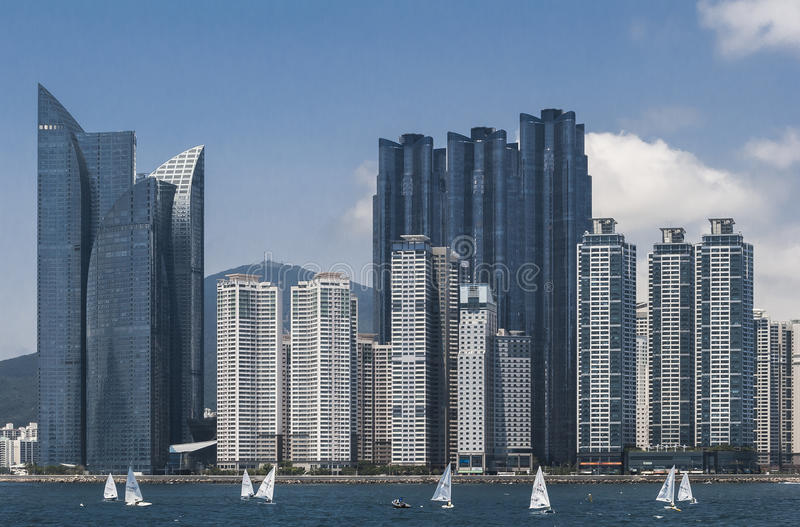 Wolkenkrabbers in Busan stock afbeelding
