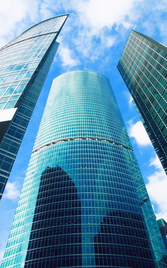 Wolkenkrabbers, commercieel centrum in megalopolis stock foto's