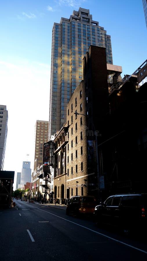 Wolkenkrabbers in de straten van Manhattan, NYC royalty-vrije stock afbeelding