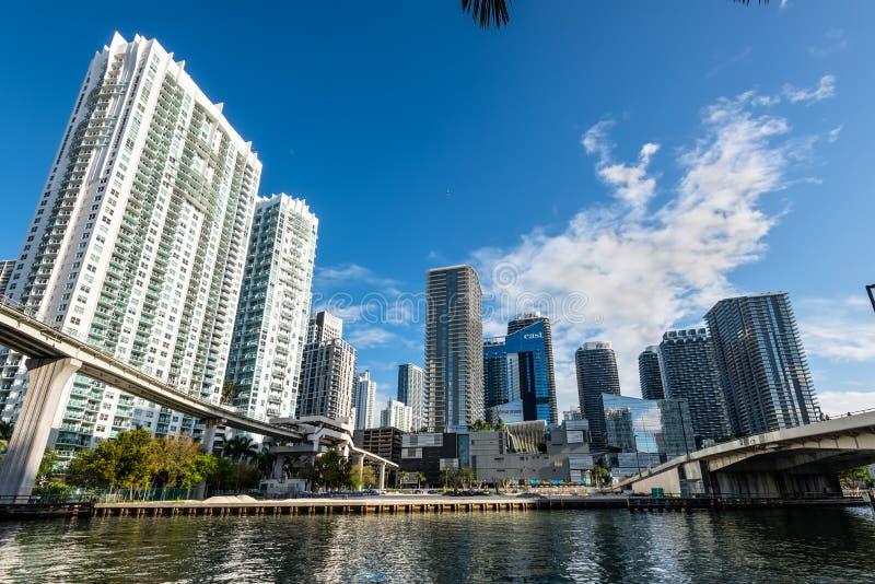 Wolkenkrabbers de van de binnenstad van Miami op Brickell-gebied, Florida, de V.S. stock afbeelding