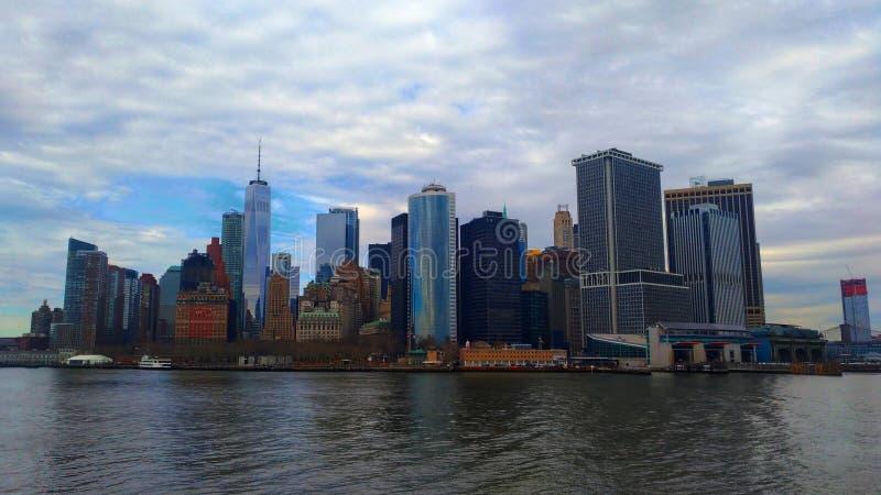 Wolkenkrabbers in Manhattan stock foto's