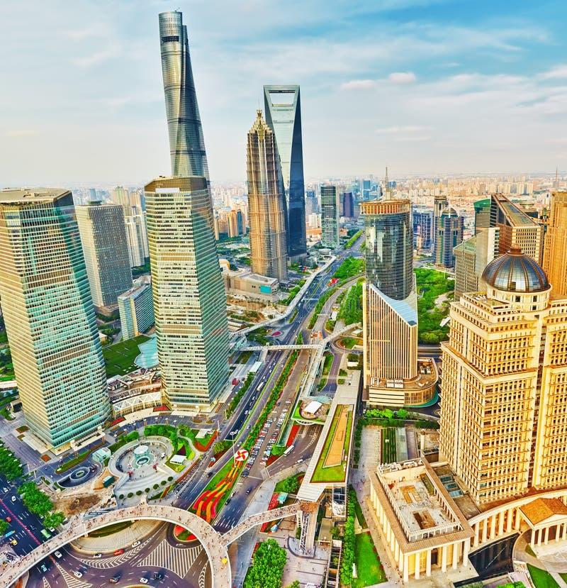 Wolkenkrabbers, stad de bouw van Pudong, Shanghai, China royalty-vrije stock foto's