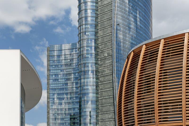 Wolkenkratzer bei Porta Nuova in Mailand, Italien stockfoto