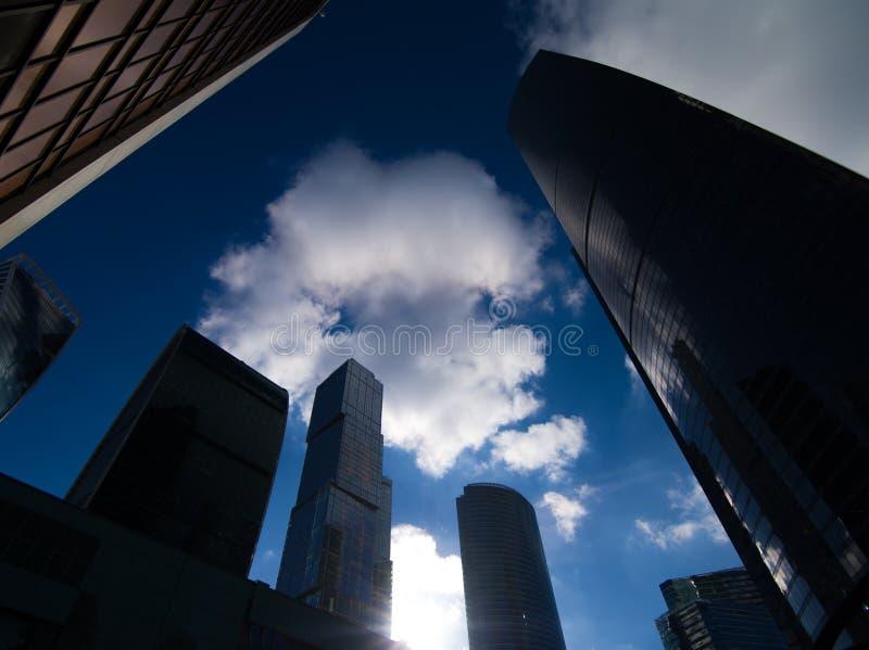 Wolkenkratzer des Moskau-Geschäftszentrums lizenzfreie stockbilder