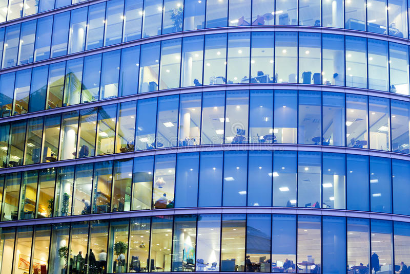 Wolkenkratzer-Geschäftslokal, Unternehmensgebäude in London lizenzfreies stockbild