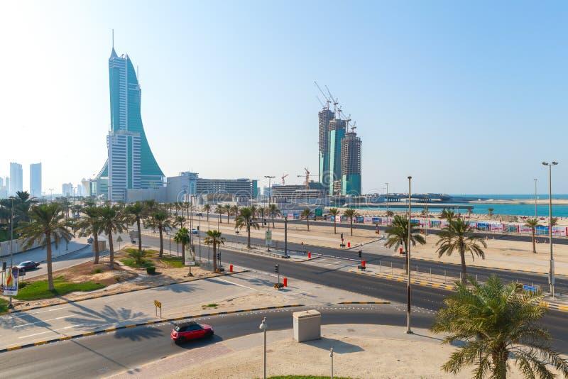 Wolkenkratzer im Bau in Manama-Stadt, Bahrain stockbilder