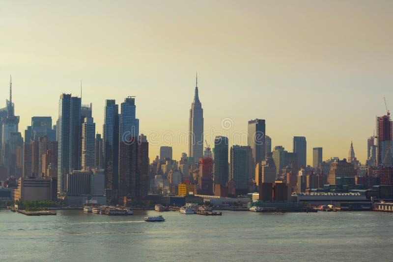 Wolkenkratzer in New York City, USA stockfotos