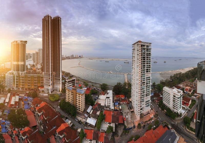 Wolkenkratzer in Penang, Malaysia lizenzfreie stockfotos