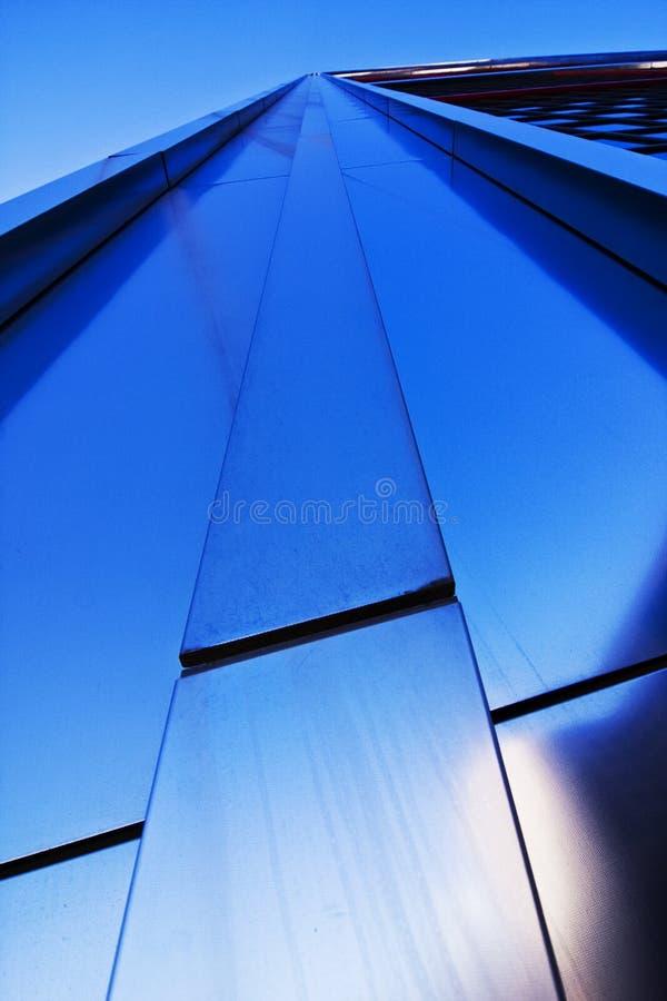 Wolkenkratzerfassade lizenzfreie stockfotografie