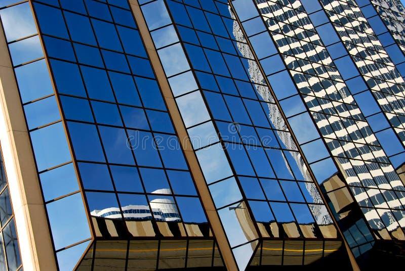 Wolkenkratzerfragment lizenzfreie stockfotos