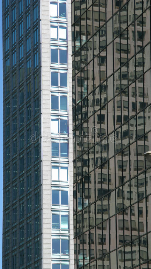 Wolkenkratzergebäude stockbilder