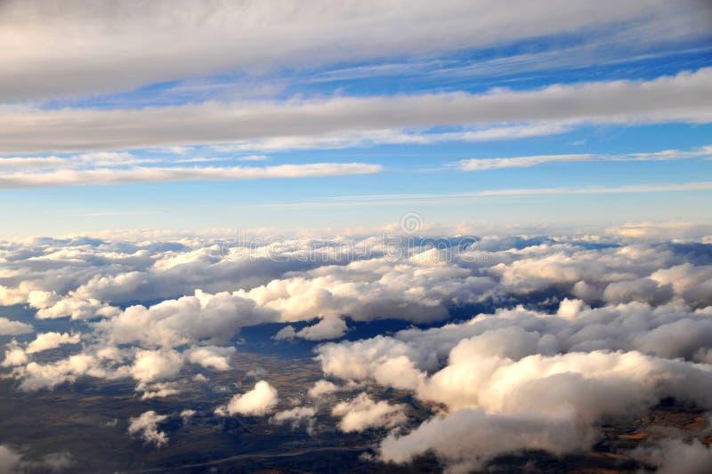 Wolkenmeer im Himmel lizenzfreies stockfoto