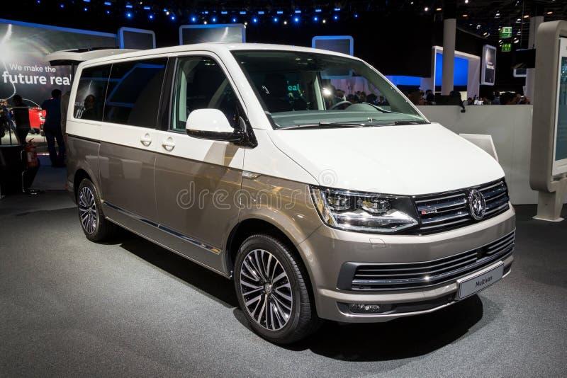 Wolkswagena Multivan samochód dostawczy fotografia stock