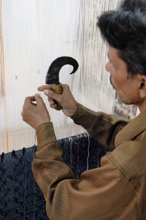 Wolldecke, die in Agra macht lizenzfreies stockfoto