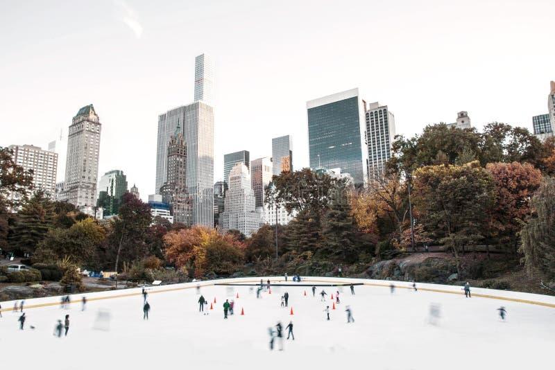 Wollman Lodowy lodowisko - central park, Miasto Nowy Jork, usa zdjęcie royalty free