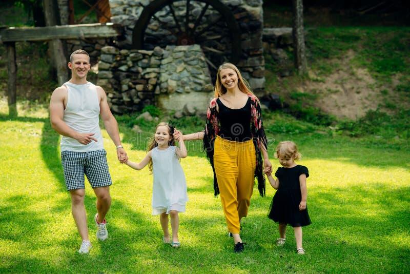 Wolność, aktywność, styl życia, energetyczny pojęcie zdjęcia royalty free