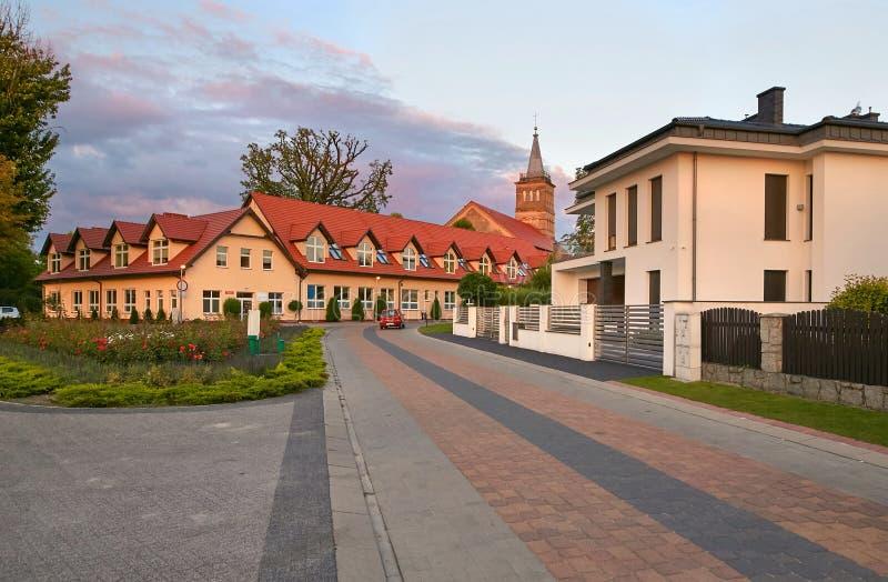 Wolsztyn, POLSKA - 27 2017 Sierpień: Budować Wielkiego Polska Voivodeship Rzeczna ulicą obraz royalty free