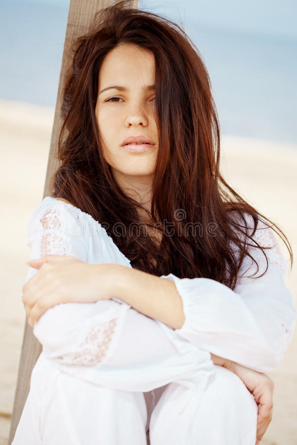 Download Woman At Beach Royalty Free Stock Images - Image: 16571989