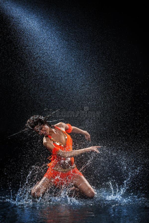 Free Woman Dancing Under Rain Royalty Free Stock Photos - 34316258