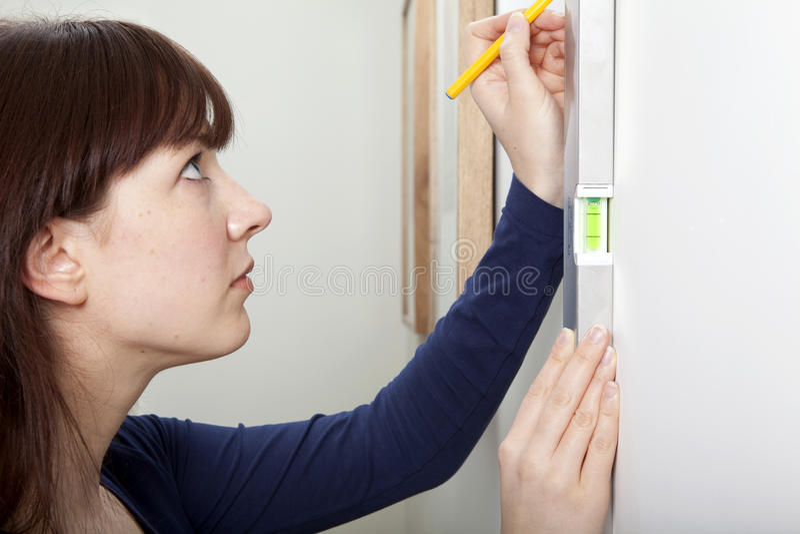 Woman DIY Spirit Level