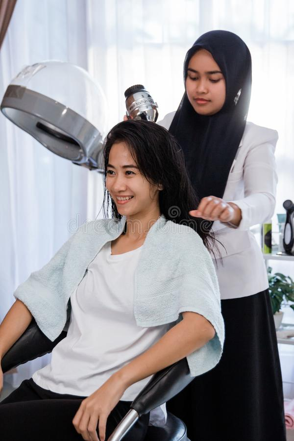 200 588 Hair Salon Photos Free Royalty Free Stock Photos From Dreamstime