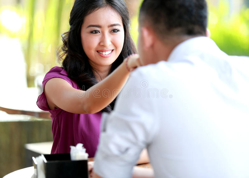 Dating woman with boyfriend