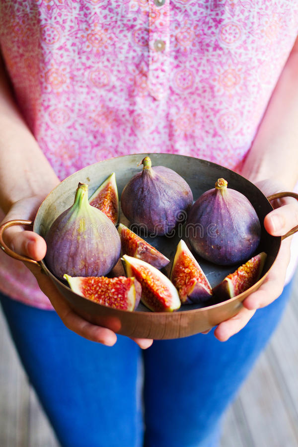 Download Woman Hands Holding Figs Royalty Free Stock Photos - Image: 26620808