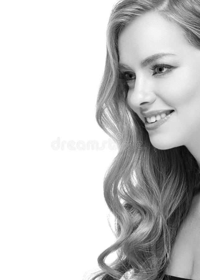 Free Woman Headshot Face Blonde Portrait Closeup Black And White Royalty Free Stock Photo - 137461825