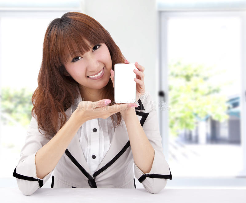 Woman Holding A Smart Phone Royalty Free Stock Photography